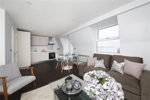 Thumbnail Flat for sale in Westow Hill, London