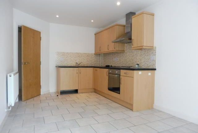 2 bed flat to rent in Newport, Lincoln