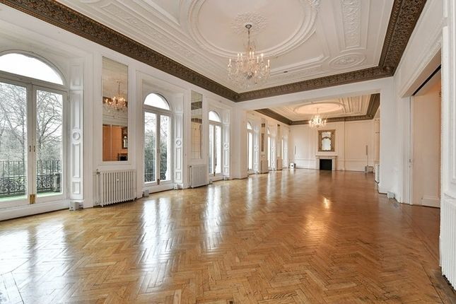 Thumbnail Property to rent in Grosvenor Place, Knightsbridge