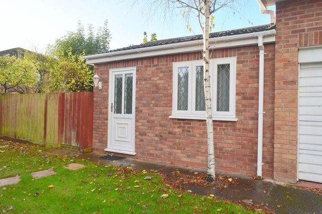 Thumbnail Flat to rent in Hermitage Road, Saughall, Chester