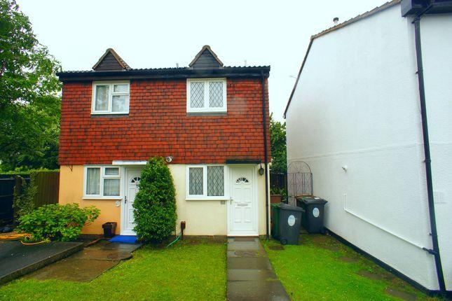 Thumbnail Property to rent in Ashingdon Close, Chingford, London