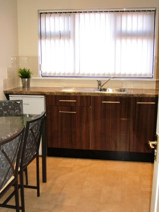 Thumbnail Detached bungalow to rent in Coniston Road, Askern