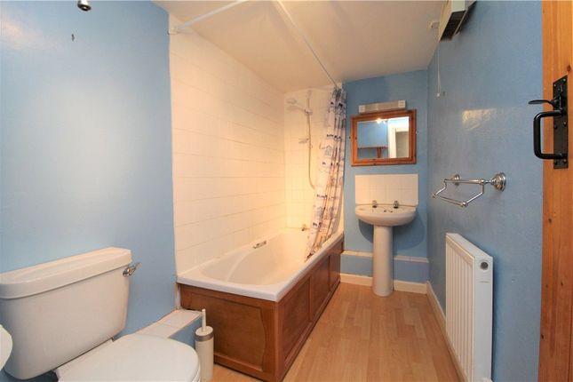 Family Bathroom of Shute, Axminster, Devon EX13