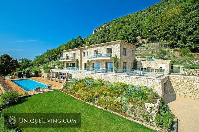 5 bed villa for sale in Tourrettes Sur Loup, French Riviera, France
