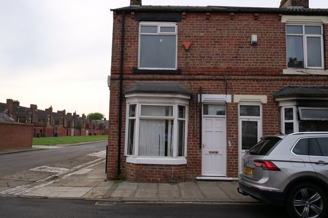 3 bed end terrace house to rent in King Street, Middlesbrough TS6