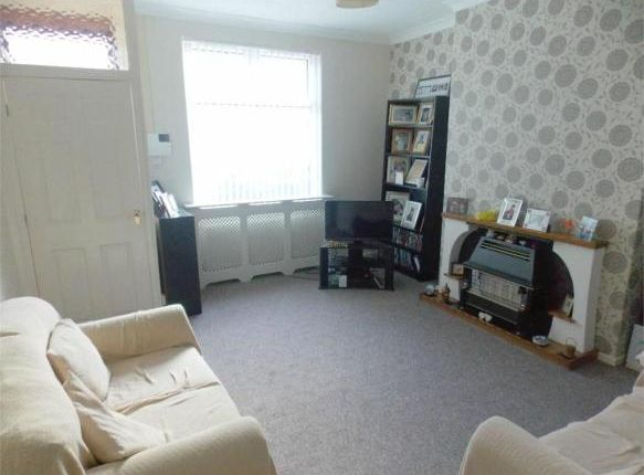 2 bed terraced house to rent in Victoria Grove, Bolton
