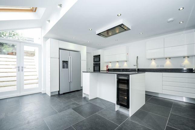 Thumbnail Terraced house to rent in Preston Drove, Brighton