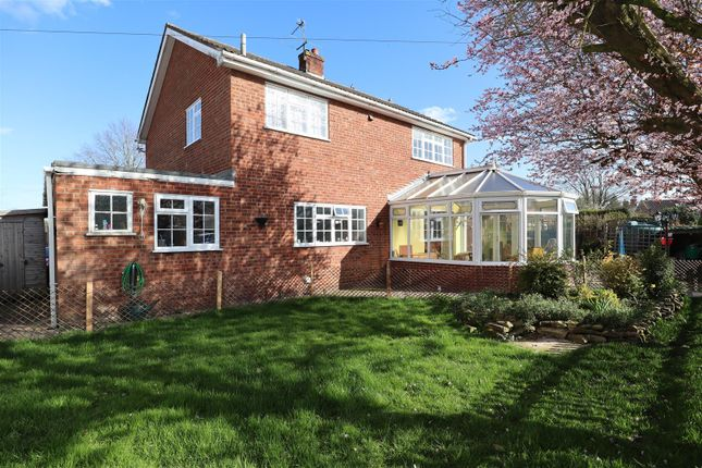 Thumbnail Detached house for sale in Normanby Road, Stow, Lincoln
