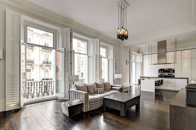 Thumbnail Maisonette for sale in Queens Gate, South Kensington