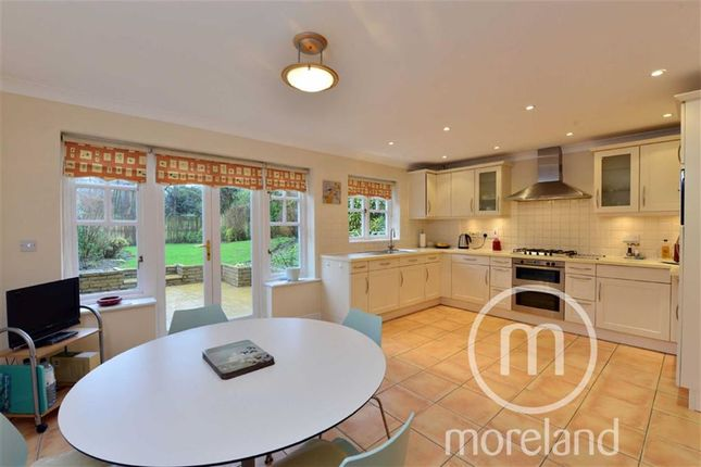Thumbnail End terrace house for sale in Nether Street, Finchley