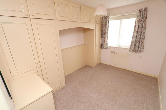 Bedroom 1 of Ladywell Close, Stretton, Burton-On-Trent DE13