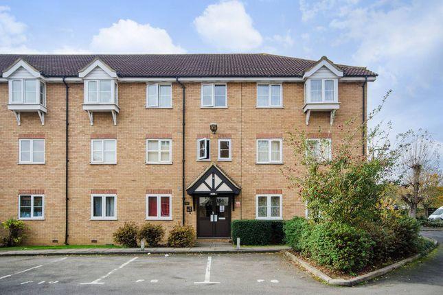 Thumbnail Flat to rent in Vicars Bridge Close, Alperton