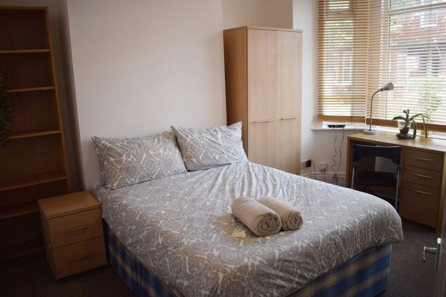 Ground Bedroom of Filey Road, Fallowfield, Manchester M14