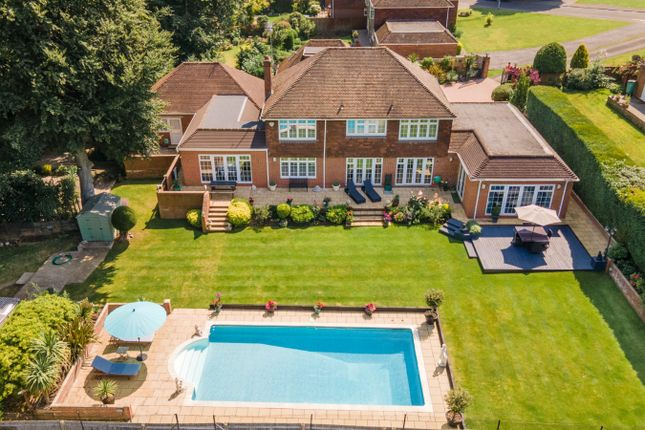 Thumbnail Detached house for sale in Wallingford Gardens, Daws Hill