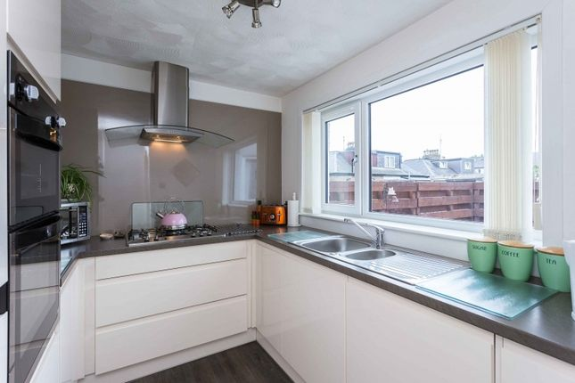 Thumbnail Terraced house for sale in Hutton Place, Broughty Ferry, Dundee, Angus