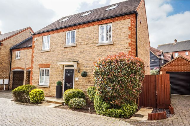 Thumbnail Link-detached house for sale in Whittington Chase, Kingsmead
