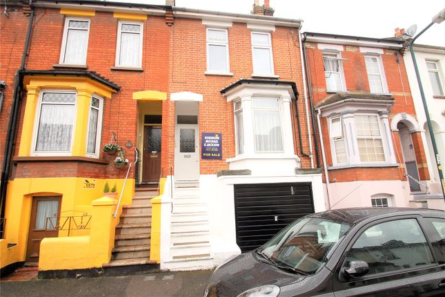 Thumbnail Flat for sale in Victoria Road, Chatham, Kent