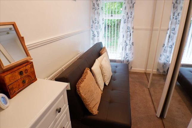 Bedroom 2 of Gwenfron Terrace, Williamstown, Tonypandy CF40