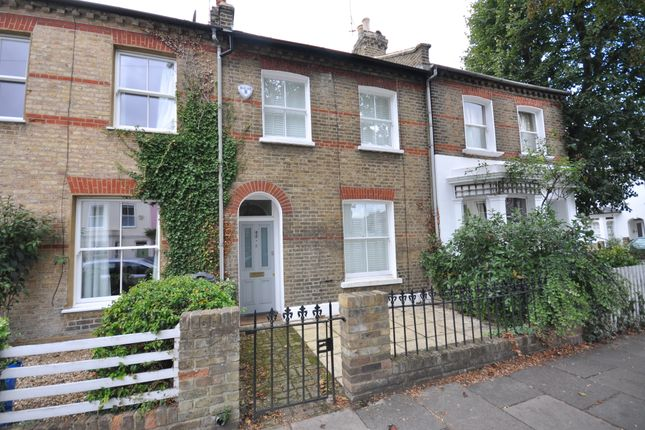 2 bed terraced house to rent in Dale Street, London