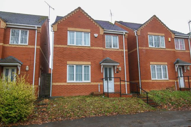 Thumbnail Detached house to rent in Chace Avenue, Willenhall, Coventry