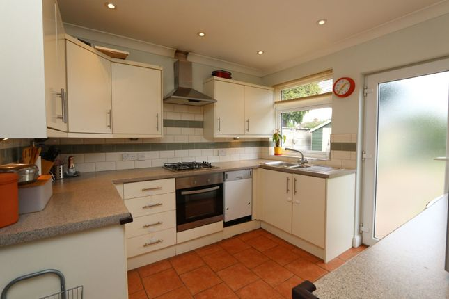 Thumbnail Bungalow to rent in Bedonwell Road, Bexleyheath