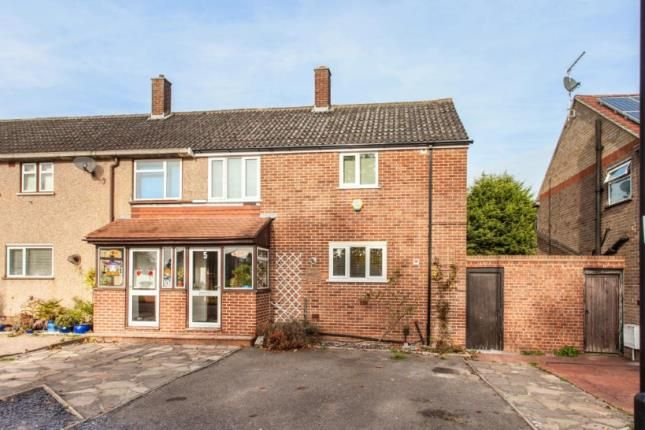 Thumbnail Terraced house for sale in Meyer Green, Enfield