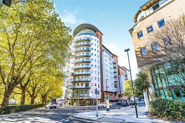 Thumbnail Flat for sale in Oceana Boulevard, Briton Street, Southampton