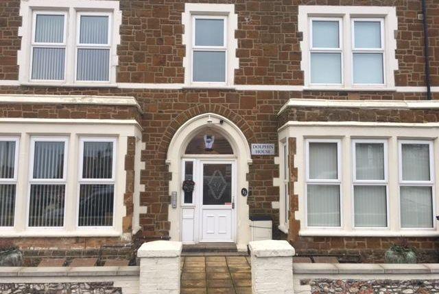 Thumbnail Flat to rent in Cliff Terrace, Hunstanton