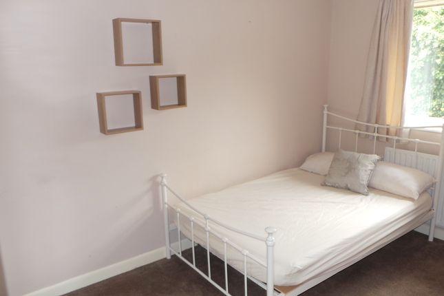Thumbnail Room to rent in Blackbrook Road, Fareham