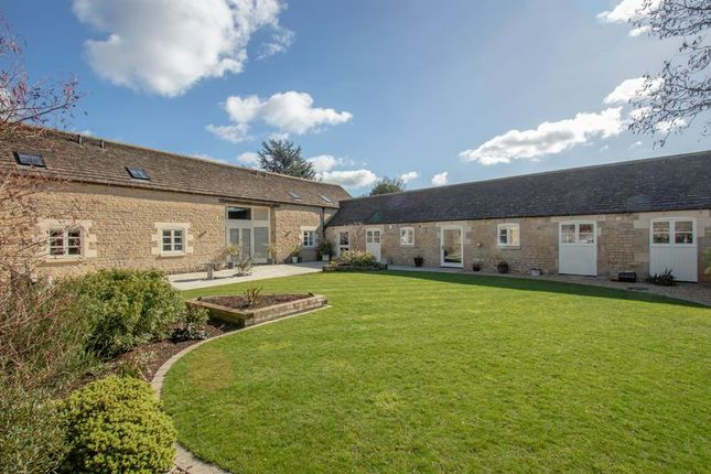 Thumbnail Barn conversion for sale in Greatford, Stamford