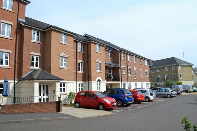 Thumbnail Flat for sale in Albion Court, Albion Place, Northampton