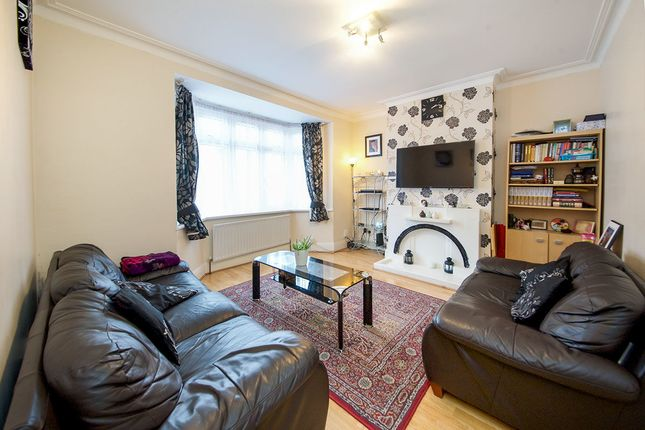 Thumbnail Terraced house for sale in Roman Road, London