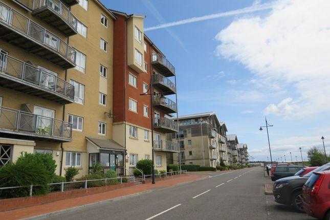 Thumbnail Flat for sale in Y Rhodfa, Barry