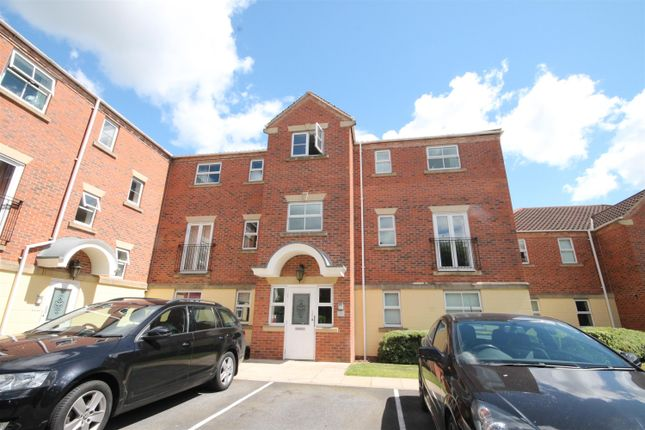 Thumbnail Flat to rent in St. Pauls Mews, York