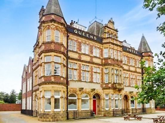 Thumbnail Flat to rent in Queens Hotel, Front Street, Pontefract