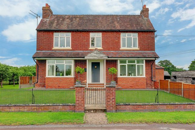 Thumbnail Property for sale in Moseley Road, Hallow, Worcester