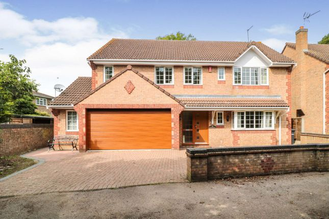 Thumbnail Detached house for sale in Hedgerow Walk, Cheshunt, Waltham Cross