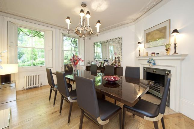 Dining Room of Kensington Square, Kensington, London W8