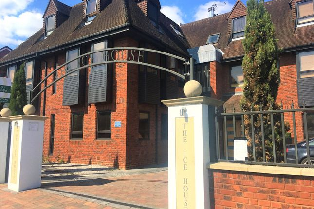 Thumbnail Flat for sale in The Ice House, Dean Street, Marlow, Bucks