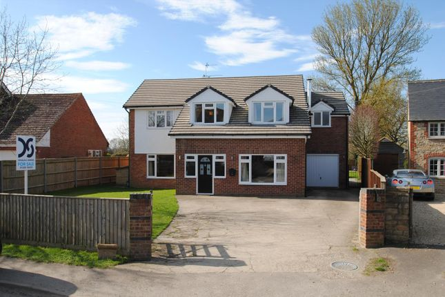5 bed detached house for sale in Goosey, Faringdon