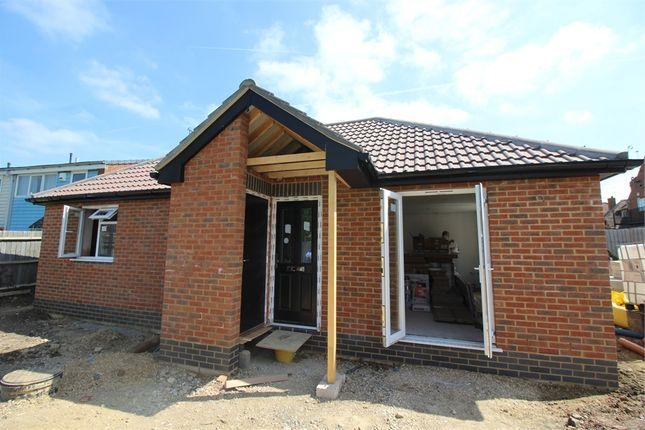 Thumbnail Detached bungalow to rent in Queensway, Bletchley, Milton Keynes, Buckinghamshire