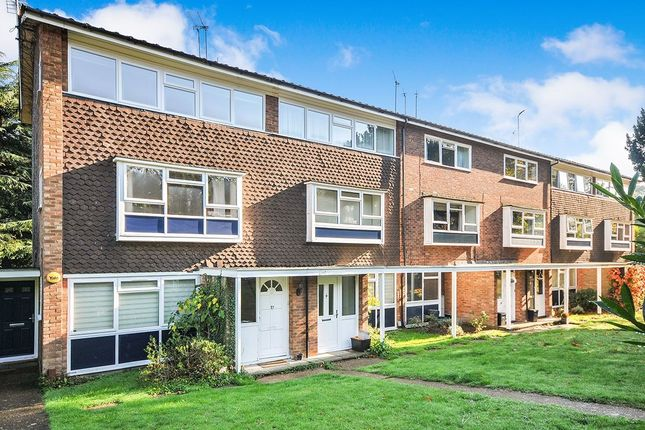 Thumbnail Flat to rent in Lower Camden, Chislehurst