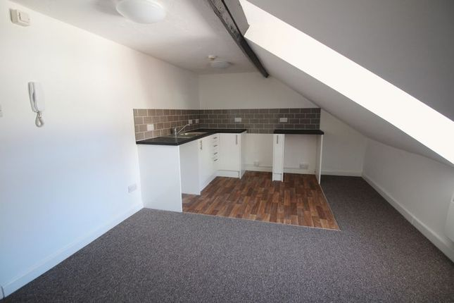 1 bed flat to rent in Oxford Grove, Ilfracombe EX34