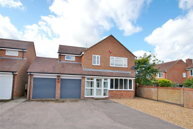 Thumbnail Detached house for sale in Leyburne Gardens, Chinnor