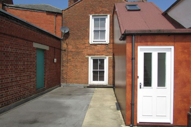 Thumbnail Flat to rent in George Street, Banbury