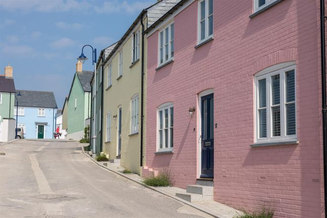 Thumbnail Semi-detached house for sale in Newquay