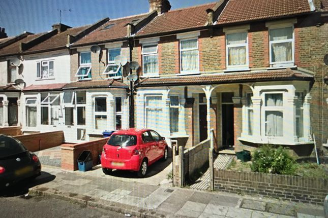 Thumbnail End terrace house to rent in Meads Lane, Seven Kings