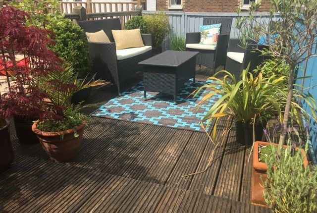 2 bed terraced house for sale in Edgehill Street, Reading