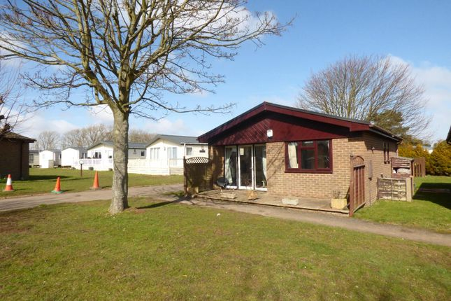 Thumbnail Detached bungalow for sale in Reach Road, St. Margarets-At-Cliffe, Dover
