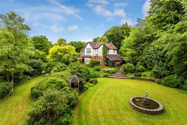 Thumbnail Detached house for sale in The Avenue, Westerham, Kent